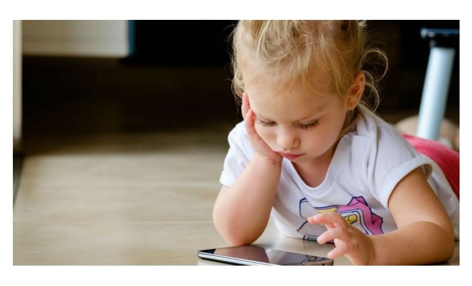 Les écrans sont officiellement nocifs pour le cerveau des enfants