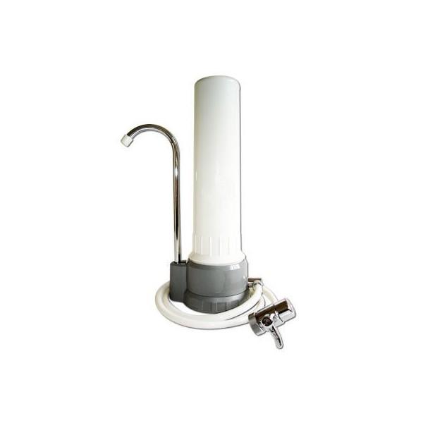 Purificateur d'eau sur évier avec cartouche