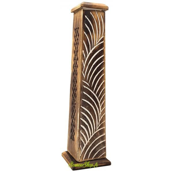 Brûleur d'encens vertical en bois sculpté